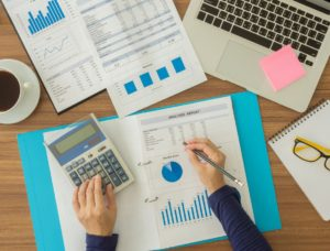 Understanding Your Business Gross Margin for Lawn Care Business owners - Turf Books Accounting and Bookkeeping Services
